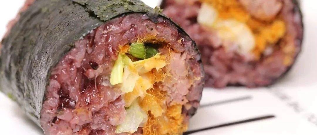 泰国血糯米+大块牛排~金棕榈小吃街的这家饭团,太实在了!