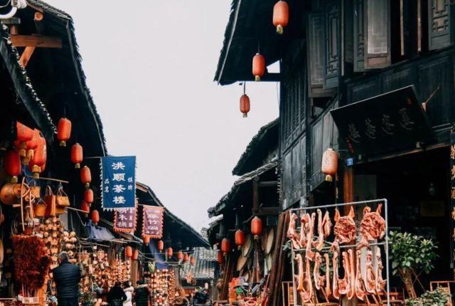 四川古城千年未变得红火,曾是国内的重要港口,风景优美门票免费