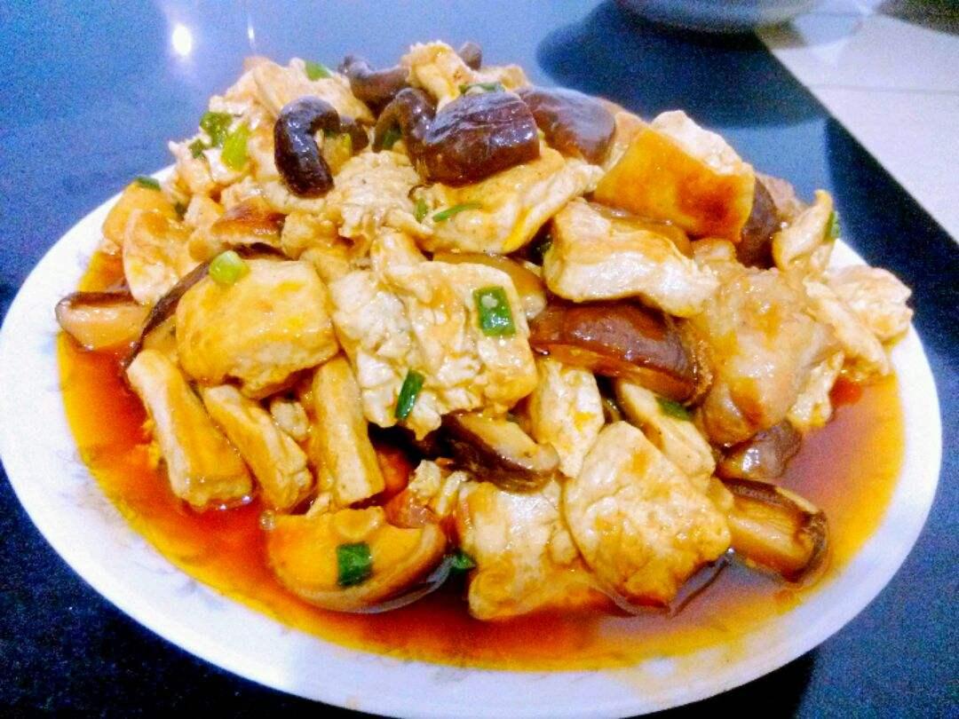 教你家常美味的豆腐烧排骨,简单易做又营养好吃