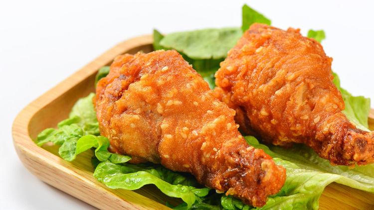 炸鸡腿时,裹面粉还是蛋液?牢记3个技巧,酥脆又好吃