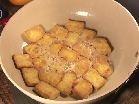 家常菜:香煎豆腐,外焦里嫩超好吃