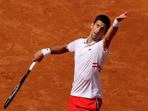 罗马网球赛女单持续爆冷,萨巴伦卡遭高芙横扫,男单赛场波澜不惊