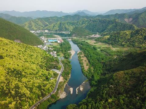 安徽最美山村,位于皖南两座名山之间,是国内三大富硒地之一