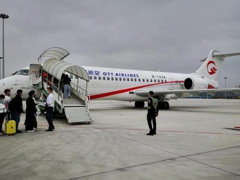 打卡一二三航空初号机,国内小飞机体验如何?