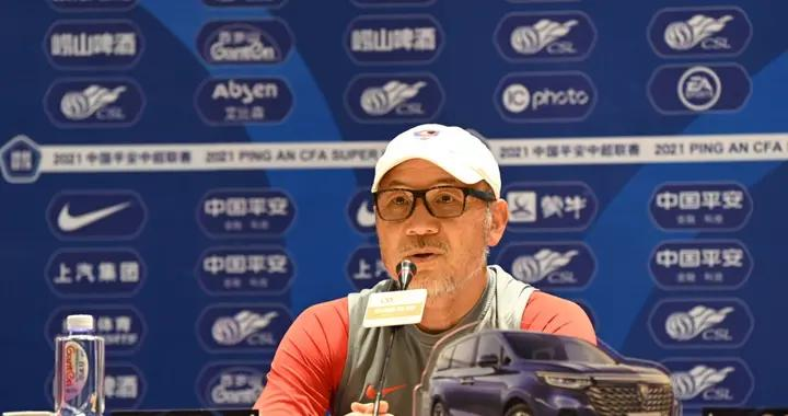 重庆两江竞技15日对阵青岛,张外龙:前五轮比赛我们有目标,感谢球员共渡难关