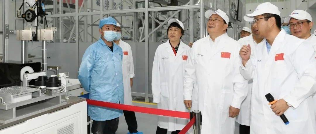 王忠林刘石泉出席武汉国家航天产业基地卫星产业园建成投产暨首颗卫星下线活动
