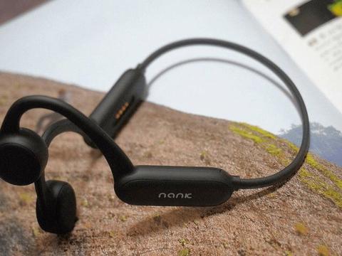 什么类型的蓝牙耳机不容易掉、佩戴稳固适合运动的蓝牙耳机推荐