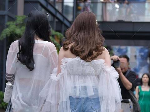 网纱小上衣甜美可爱,仙气十足,仿佛仙女下凡一般美丽