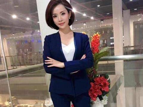 33岁戴刘菲近况曝光,嫁大10岁围棋教练,如今参加富豪寿宴被处罚