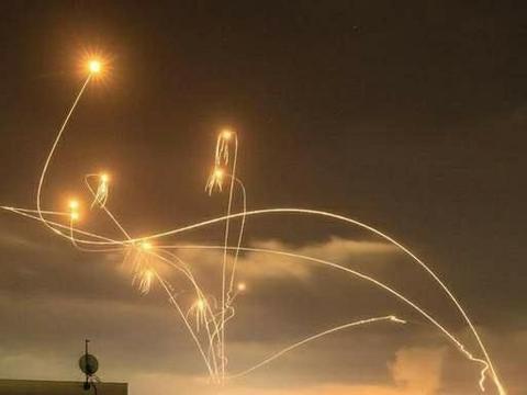 以色列铁穹还能撑多久?一天半千枚火箭弹来袭,拦截耗弹量巨大
