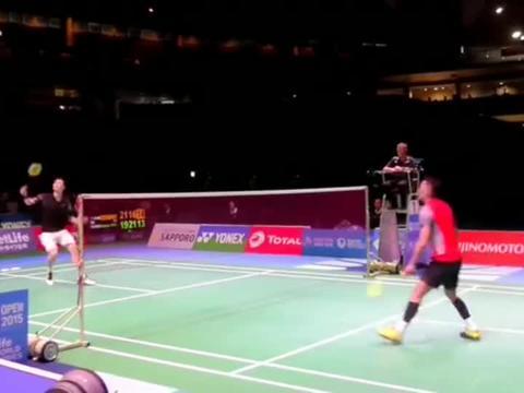 羽毛球:完美的控制,完美的跳杀,完美反手封网!