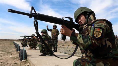 美军刚撤出基地,15万塔利班武装就发动春季攻势,犹如越战末期
