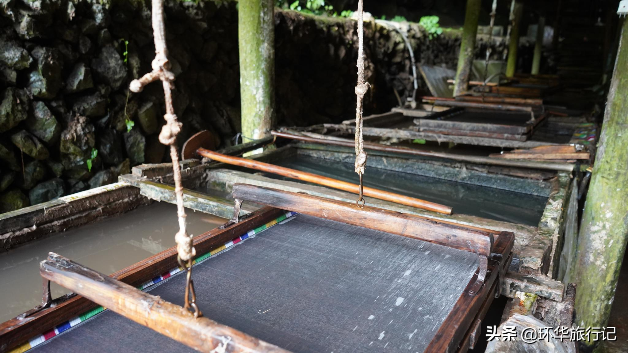 贵州大山深处依然保留着最原始的造纸技术,流传了几千年