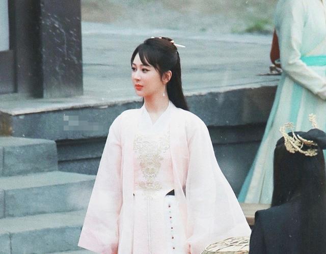 《萌探》路透:张若昀李沁梦回《庆余年》,我却被宋亚轩J艳到了