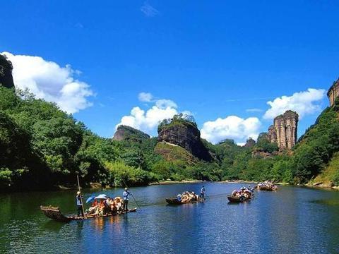 福建一处风景区,以丹霞、峡谷、山洞、原始生态为主要景观特色