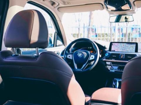 豪华品牌电动车宝马iX3,起售价格39.99万元,续航500公里