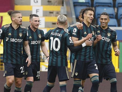 英超:哈里森2传1射罗德里戈双响,利兹联客场4-0伯恩利