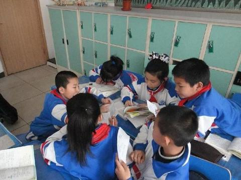 阅读理解答题有模板,小学老师一定要教,否则别怪孩子阅读题丢分