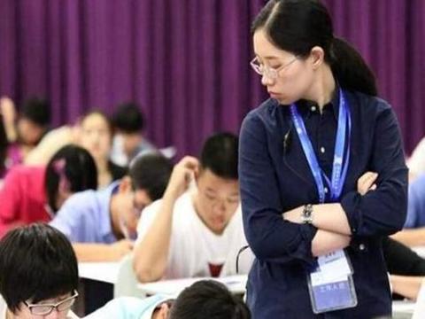 """教师行业迎来""""大调整"""",延迟退休或成定局,同时还有一个好消息"""