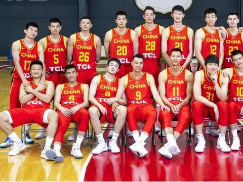 中国男篮只有一个月备战,裁员还是令人头痛!
