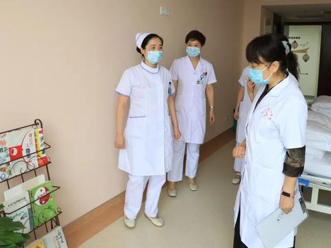 咸阳市中心医院结合实际学党史 为群众办实事
