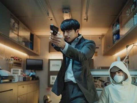 韩国科幻电影《徐福》:无法支撑的生死主题,难以理解的人物动机