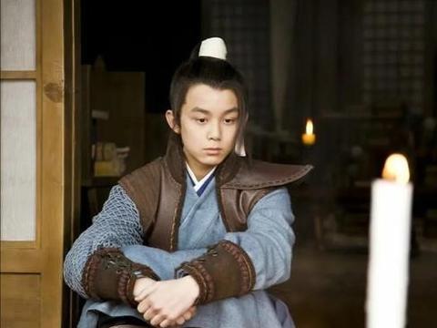 《琅琊榜》配角阵容卧虎藏龙,除吴磊外,还有最近爆火的他