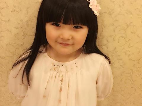 有种逆袭叫做王诗龄,当初被李湘富养变胖,如今比妈妈年轻时还美