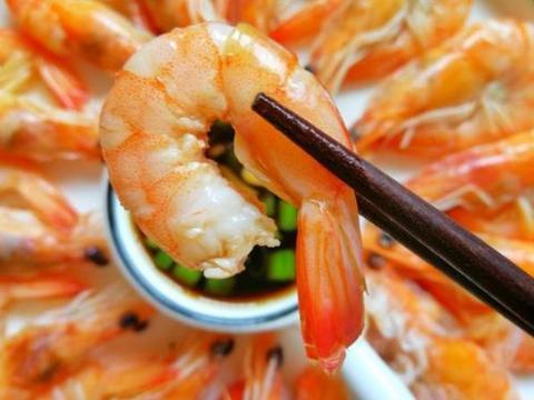 煮虾时,冷水煮还是开水煮?搞清楚3个要点,虾肉鲜嫩Q弹!