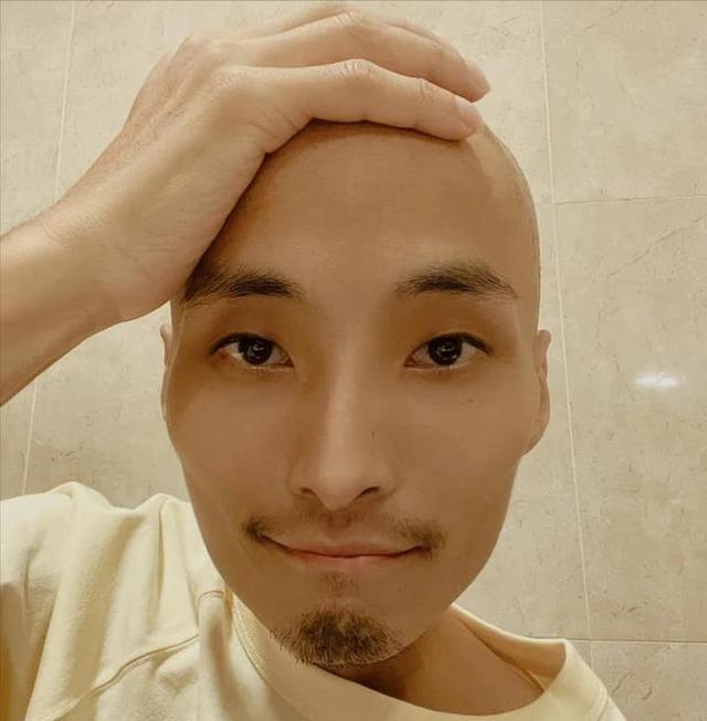 港星再传噩耗,不吸烟不喝酒患肺癌,38岁的陈积荣因病去世。