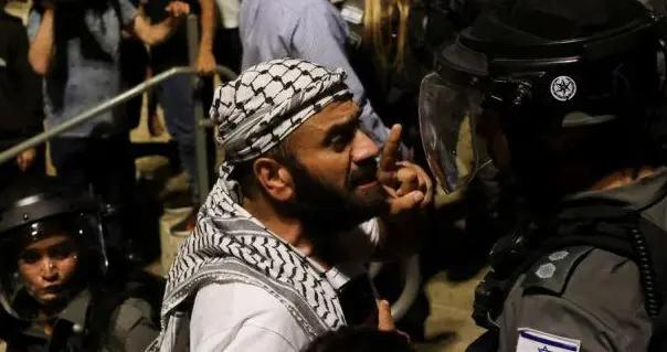 三枚导弹从叙利亚边境飞向以色列!以军腹背受敌,但丝毫不慌乱