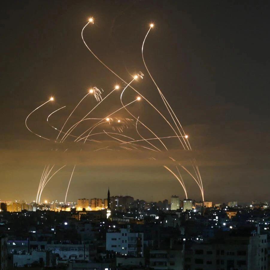 面对火箭弹来袭,铁穹导弹大发神威,难道真的无懈可击吗?