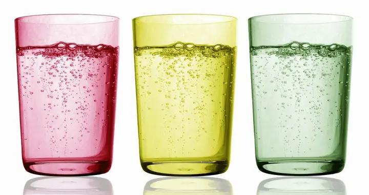 常喝碳酸饮料危害不可小觑