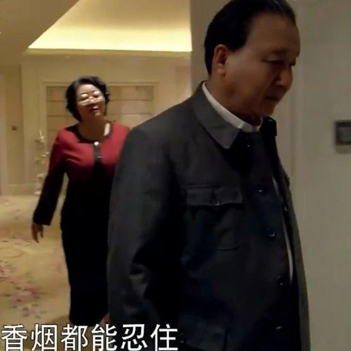 邓小平:不抽烟我可以忍,中国经济落后我不能忍