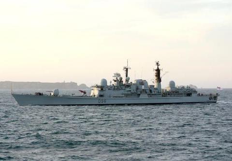 42型驱逐舰:开创人类海战史上首次,用防空导弹击落反舰导弹案例