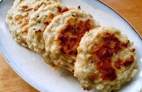 美食:干煸鱿鱼,鸡蛋藕饼,莲子猪肚汤,蒜泥茄子的做法