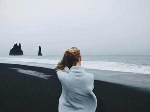再过9天,红鸾悸动,旧爱重逢,情深意浓,甜蜜牵手,尽在不言中