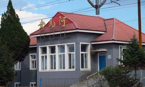 锦州:这里有很多铁路部门的老建筑群,最久的已有120多年历史