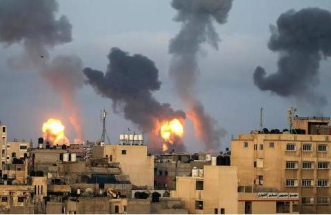 以军战机猛轰加沙,哈马斯火箭弹密如雨,中东大战全面爆发?