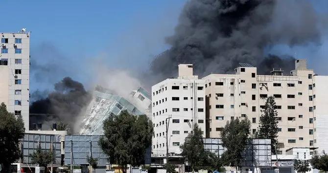 美国支持自卫,以色列猛烈轰炸加沙,摧毁媒体大楼,树立极坏榜样