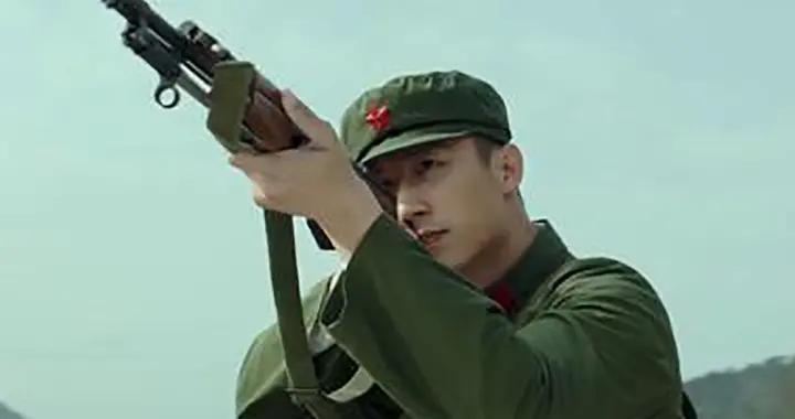 肖战、黄景瑜、王一博、易烊千玺、李易峰,军事影视接班人崛起