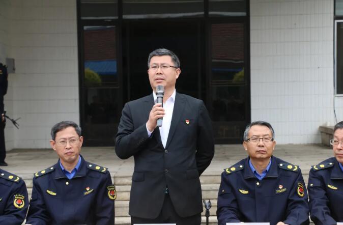 平度市综合行政执法局举行军事化训练队列会操比赛