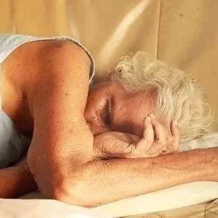 """身体5个迹象,提醒你免疫力下降!常做十个""""一"""",健康又长寿~"""