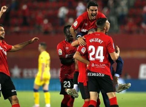 西乙最新积分战报 差1分升西甲马洛卡紧追西班牙人 莱加内5轮不败
