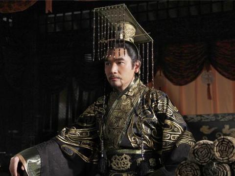 此人熬了14年才继位,当了3天皇帝便去世,孙子后来成为千古一帝