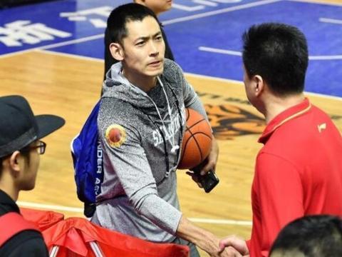 马布里喜获神将,辽宁天才后卫来了,新赛季复制广东夺冠模式?