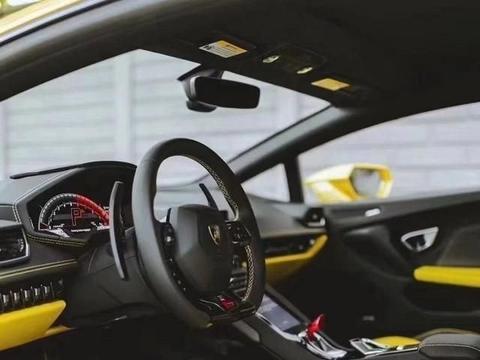 奢华跑车的代表之一,兰博基尼Huracán LP610-4,空气间的穿梭者