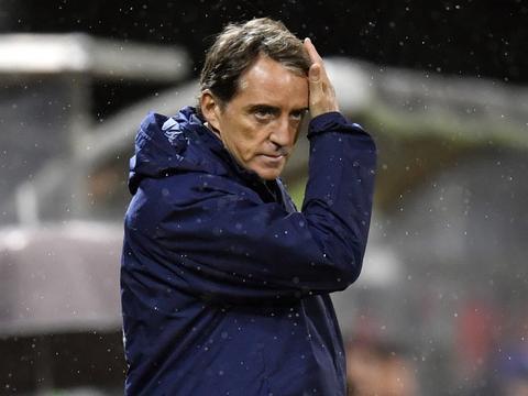 罗体:曼奇尼将与意大利足协续约至2026年,继续执教国家队