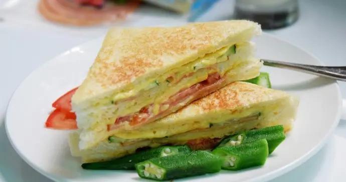 芝士火腿三明治做法