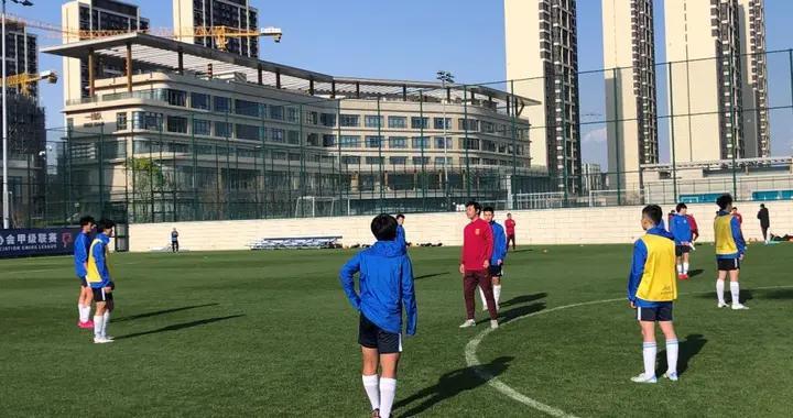 中国足协发布《精英教练员培养工作实施方案》,将增加海外实习和观摩